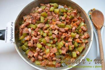 Простая солянка с колбасой и картошкой Шаг 10 (картинка)