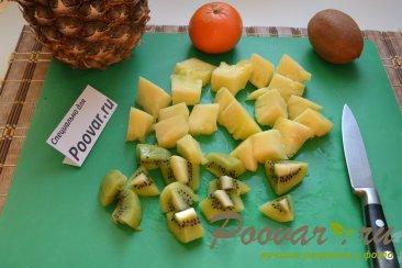 Молочный коктейль с ананасом и киви Шаг 1 (картинка)