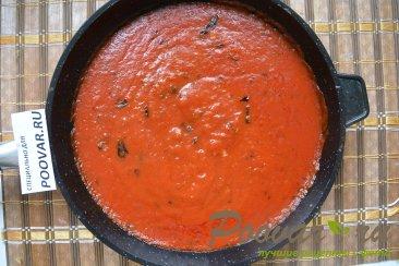 Пицца с грибами и колбасой Шаг 4 (картинка)