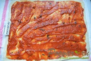 Пицца с грибами и колбасой Шаг 9 (картинка)