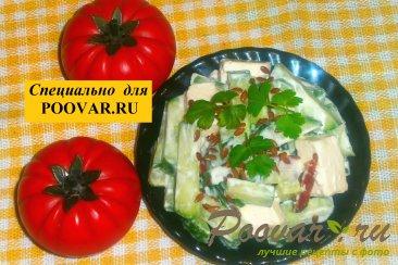 Салат из огурцов с колбасой и сыром Шаг 6 (картинка)