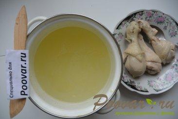 Куриный суп с лапшой и зеленым горошком Шаг 4 (картинка)