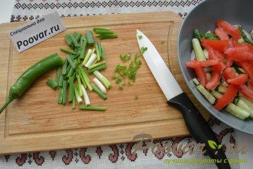 Овощной салат с сыром и колбасой Шаг 4 (картинка)