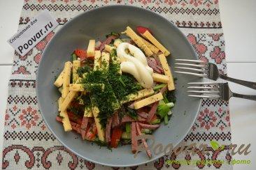 Овощной салат с сыром и колбасой Шаг 8 (картинка)