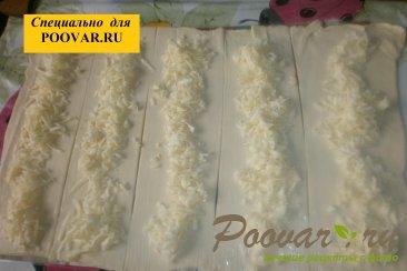Улитки с сыром из слоёного теста Шаг 6 (картинка)