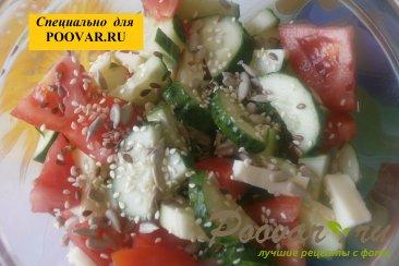Овощной салат с семенами подсолнечника Шаг 4 (картинка)