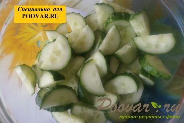 Овощной салат с семенами подсолнечника Шаг 2 (картинка)