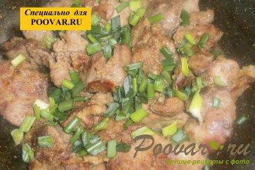 Куриная печень с зеленью Шаг 7 (картинка)