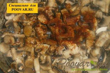 Чебуреки из дрожжевого теста с грибами и сыром Шаг 5 (картинка)