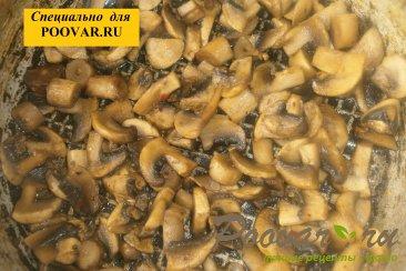 Чебуреки из дрожжевого теста с грибами и сыром Шаг 6 (картинка)