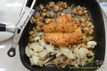 Куриная грудка с грибами в сливочном соусе Шаг 8 (картинка)