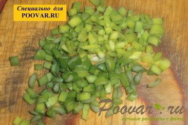 Куриные котлеты со шпинатом и зелёным луком Шаг 4 (картинка)