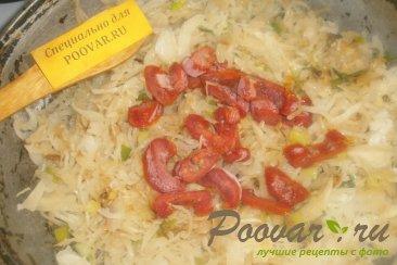 Капуста тушёная с курицей и вялеными помидорами Шаг 7 (картинка)