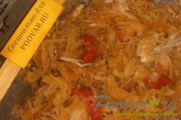 Капуста тушёная с курицей и вялеными помидорами Шаг 9 (картинка)