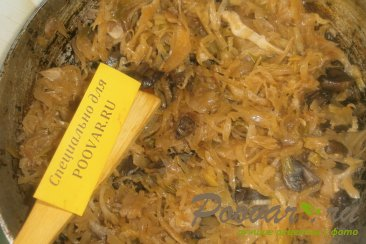 Жареные пирожки с капустой и грибами Шаг 6 (картинка)
