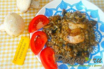 Гречка с курицей и грибами Изображение