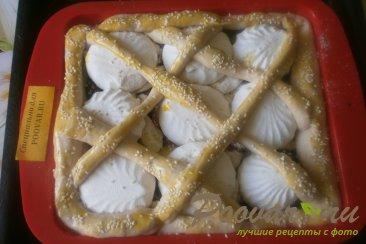 Пирог из дрожжевого теста с ягодами и зефиром Шаг 12 (картинка)