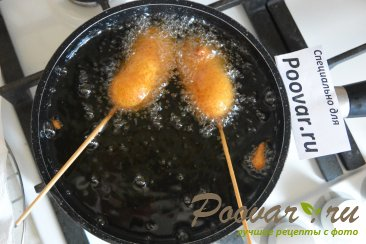 Корн-дог - сосиска на палочке в кукурузном кляре Шаг 9 (картинка)