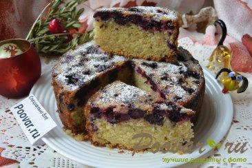Пирог с чёрной смородиной и ежевикой Изображение