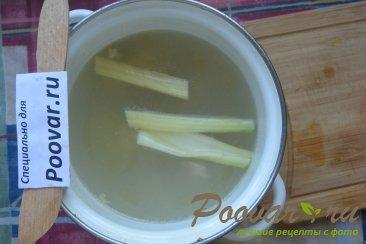 Куриный суп с макаронами и шпинатом Шаг 3 (картинка)
