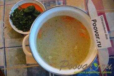 Куриный суп с макаронами и шпинатом Шаг 6 (картинка)