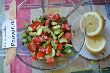 Овощной салат с рукколой и авокадо Шаг 6 (картинка)