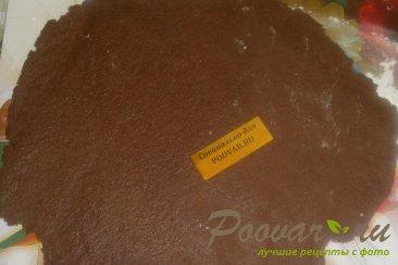 Пирог из шоколадного теста с ягодами Шаг 5 (картинка)