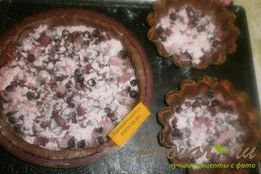 Пирог из шоколадного теста с ягодами Шаг 8 (картинка)