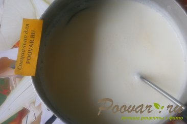 Пудинг из манки с изюмом Шаг 1 (картинка)