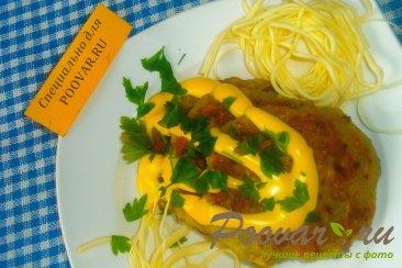 Кабачковые оладьи с сыром и луком Изображение