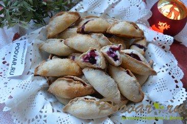Пирожки с творогом и ягодами Шаг 18 (картинка)