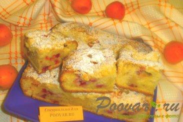 Пирог с ягодами и абрикосами с посыпкой Изображение