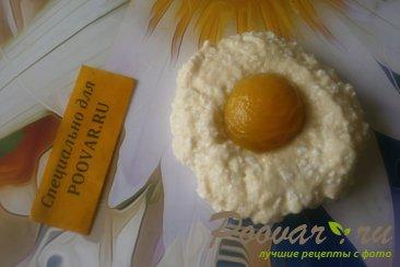 Сырники творожные с абрикосами Шаг 7 (картинка)