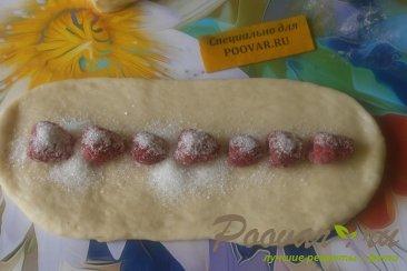 Пирог спиральный с ягодами Шаг 11 (картинка)