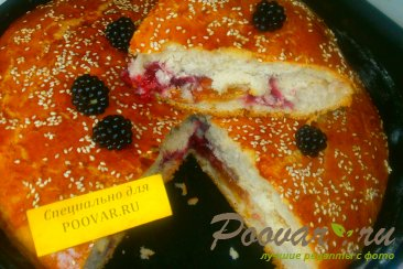 Пирог с ежевикой из дрожжевого теста Шаг 13 (картинка)