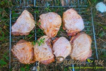 Куриные бёдра с томатным соусом на решётке-гриль Шаг 5 (картинка)