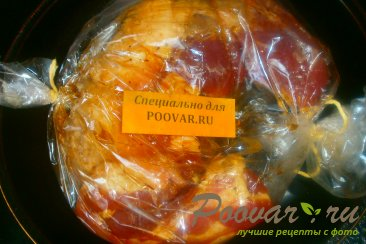 Грудинка свиная с томатным соусом в рукаве Шаг 5 (картинка)
