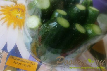 Огурцы и помидоры в кетчупе чили на зиму Шаг 5 (картинка)
