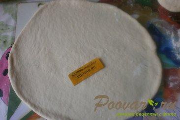 Пицца с грибами и сырами Шаг 8 (картинка)