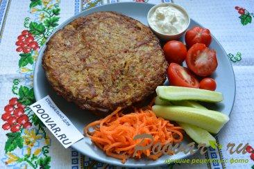 Драники с колбасой и луком Шаг 10 (картинка)