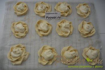 Печенье из слоёного теста с творогом и ягодами Шаг 8 (картинка)