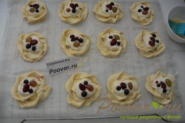 Печенье из слоёного теста с творогом и ягодами Шаг 10 (картинка)
