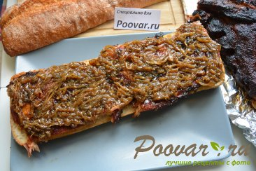 Сэндвич со свиными рёбрами и карамелизованным луком Шаг 17 (картинка)