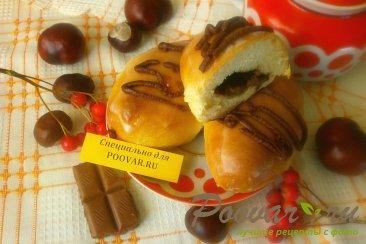 Пирожки с шоколадом и сахарной глазурью Изображение