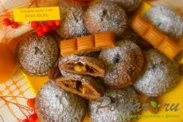 Шоколадное печенье с яблоками и карамелью Изображение