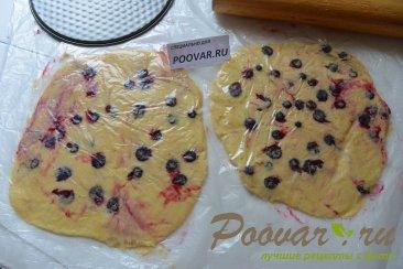 Пирожное с безе, кремом и ягодами Шаг 7 (картинка)