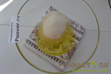 Пирожное с безе, кремом и ягодами Шаг 8 (картинка)
