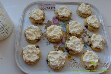 Пирожное с безе, кремом и ягодами Шаг 18 (картинка)