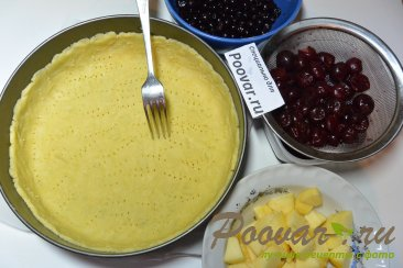 Пирог с творогом, ягодами и кокосовой стружкой Шаг 14 (картинка)