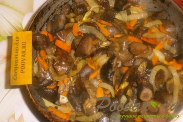 Жареные польские грибы с луком и морковью Шаг 14 (картинка)